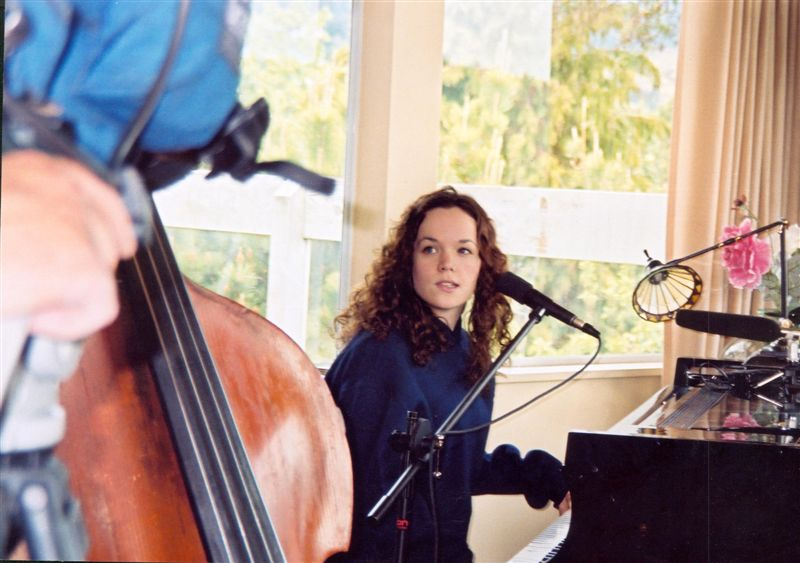 Young Allison Crowe at home, rehearsing - Avid Magazine - photo by Adrian du Plessis
