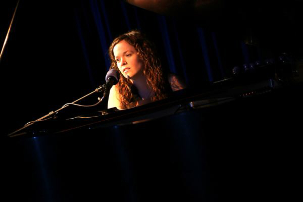 Allison Crowe live in concert - photo by Ben Strothmann, NYC